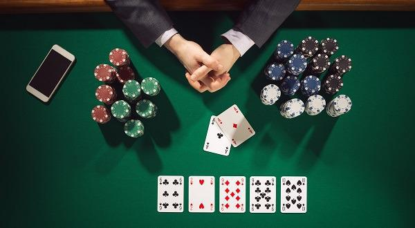 Try The Easy Way To Win At Video Poker With BetsoftS Deuces Wild!